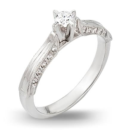 кольцо c бриллиантами из белого золота 13033049
