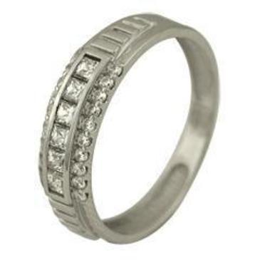 кольцо c фианитами из белого золота 13027269
