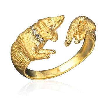 Золотое кольцо Такса с бриллиантовым ошейником из желтого золота К-24022