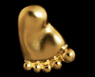 Кулон в виде Пяточки младенца из желтого золота 30770 от EVORA