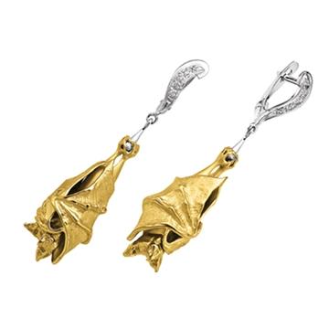 Массивные серьги 'ЛЕТУЧАЯ МЫШЬ' с бриллиантами из желтого золота С-24033