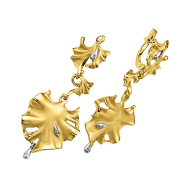 Серьги 'БЕЛЫЕ РОСЫ' с бриллиантами из желтого золота С-14046
