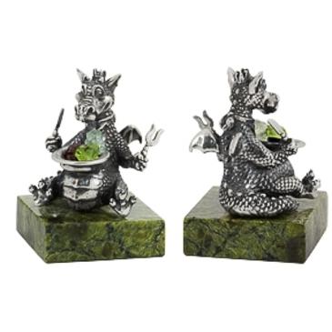 сувенир c змеевиком Дракон за обедом из серебра 3981050283